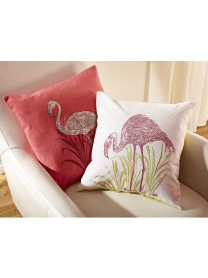 008252 Lagoon Pink Cushion